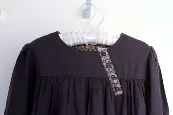 little-cigogne-robe-001